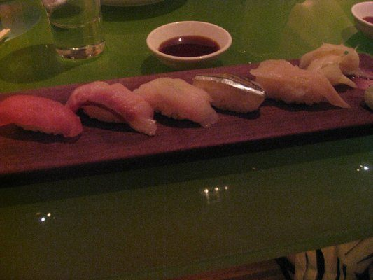 Omakase sushi plate: Not as premium as toro and uni, but still delicious and fresh.
