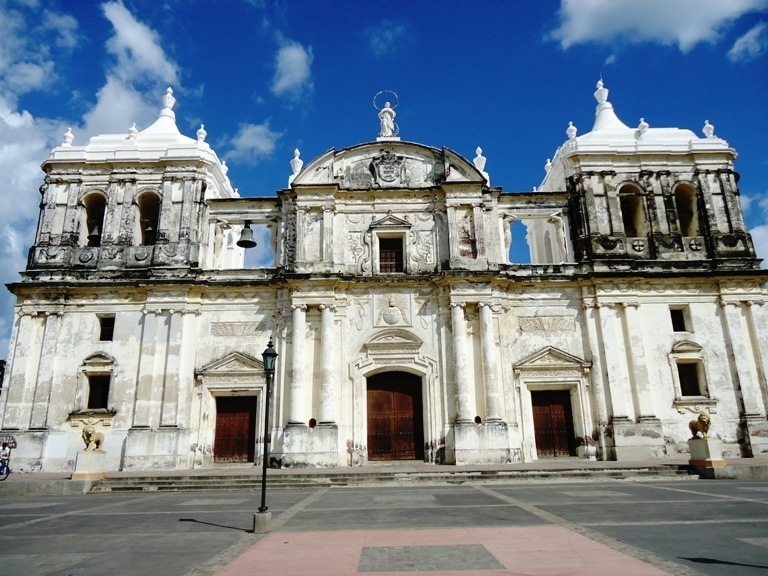Leon Cathedral / nicaragua travel guide