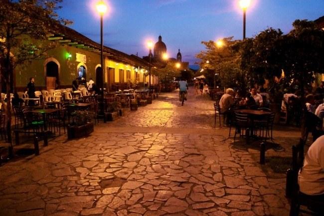 Calle Calzado (the main drag of Granada)