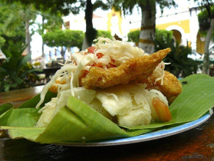 nicaragua food vigaron / nicaraguan food
