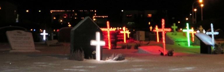 Visiting a Keflavík cemetery