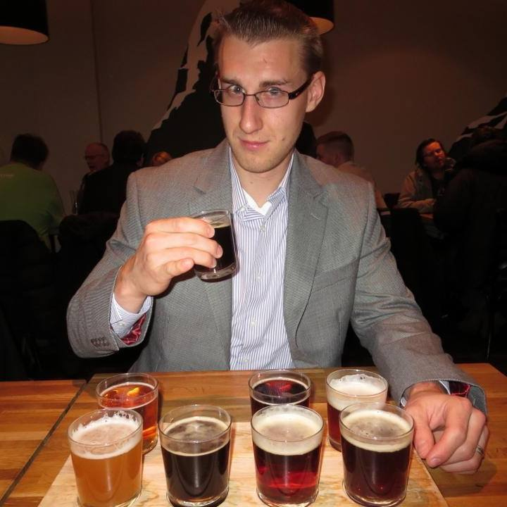 is iceland expensive | 8 samples of icelandic beer $30