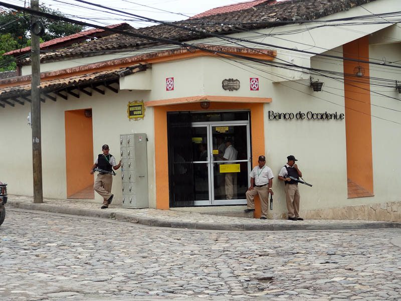 armed guards guatemala