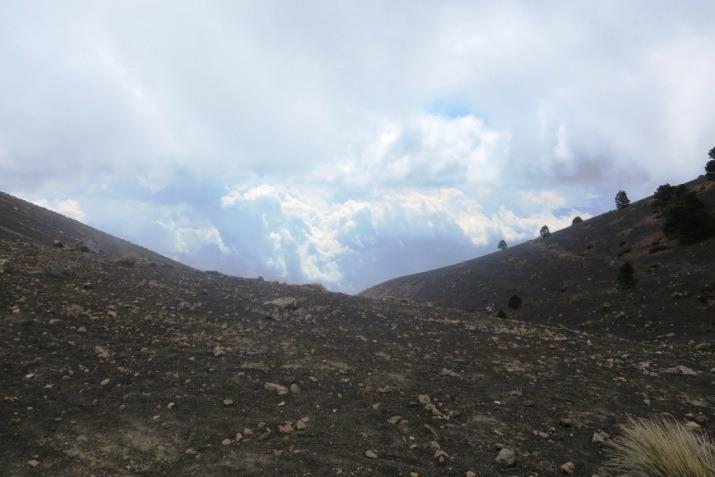 acatenango volcano guatemala trail 6