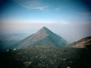 hike acatenango volcano antigua guatemala