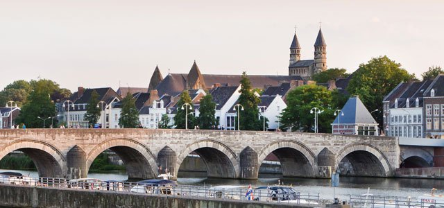Both pleasant and lively, the university town of Maastricht really appealed to me.