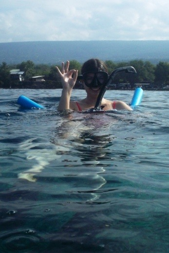 snorkeling by captain cook monument