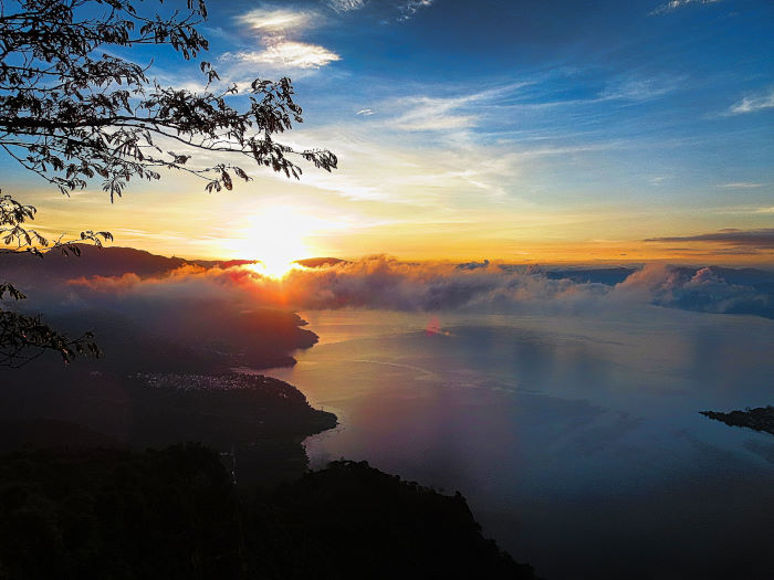 cyberlink photodirector | better travel photos | lake atitlan guatemala nariz de indio sunrise