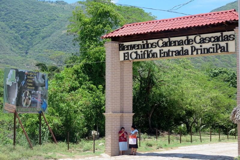 Entrance to Cascadas el Chiflon
