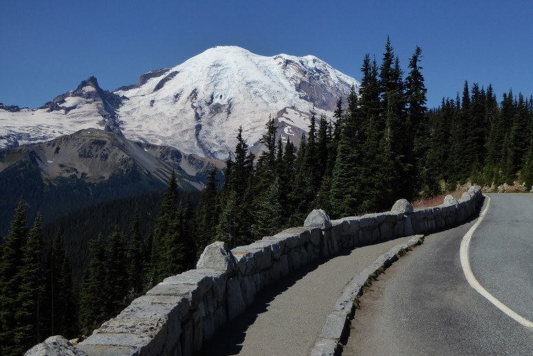 mount rainier road