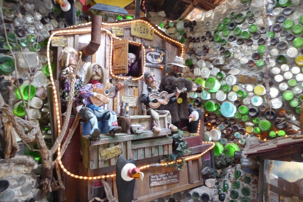 tinkertown museum new mexico // turquoise trail