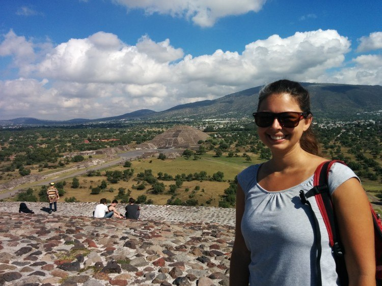pyramid of the sun teotihuacan tours
