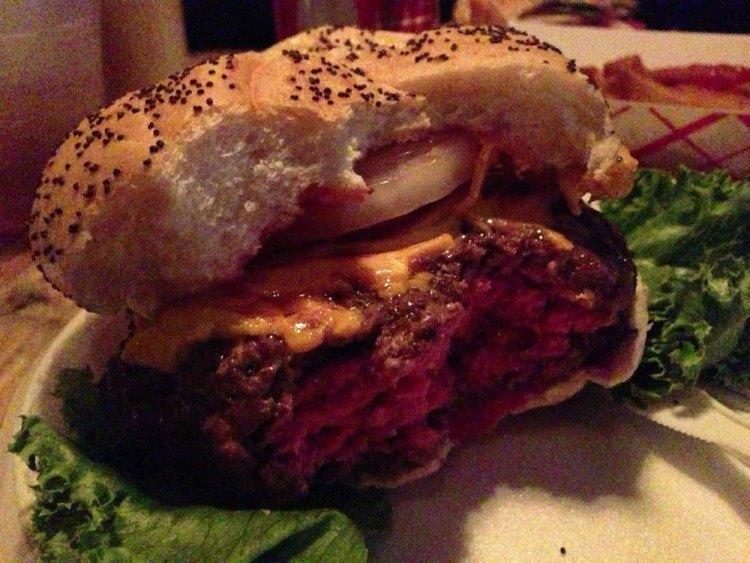 letub burger in hollywood florida
