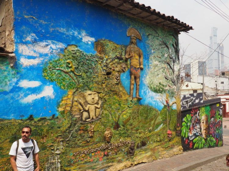 things to do in bogota graffiti tour