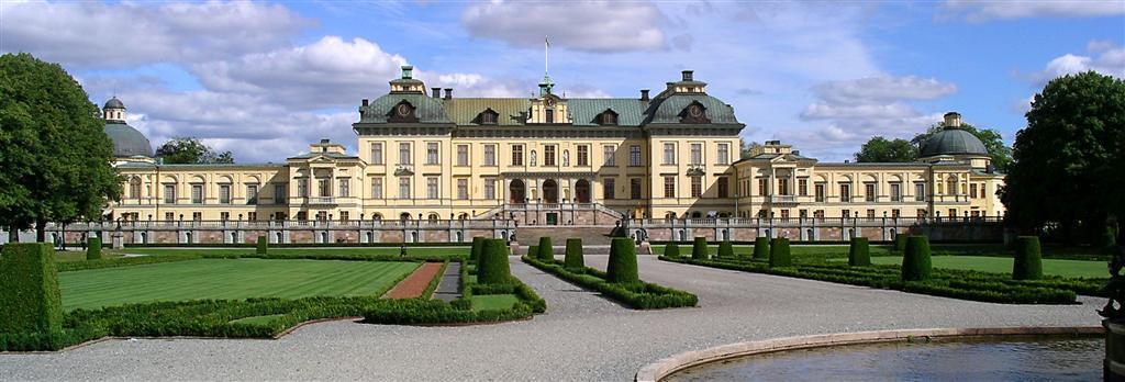 drottningholm palace stockholm day trip lake malaren