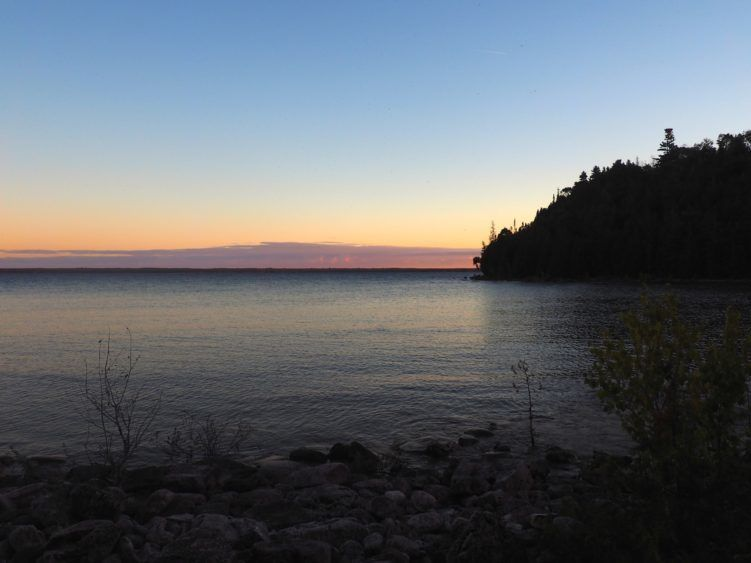 sunset on flowerpot island bruce peninsula
