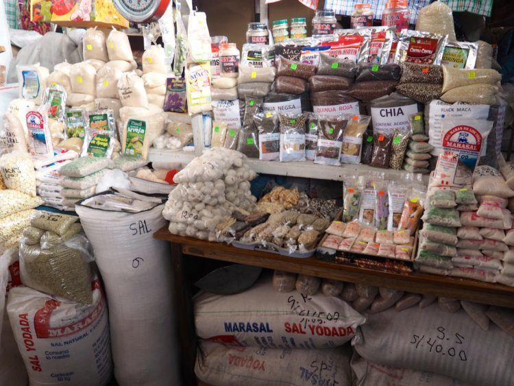 san pedro market cusco peru (things to do other than hiking the inca trail)