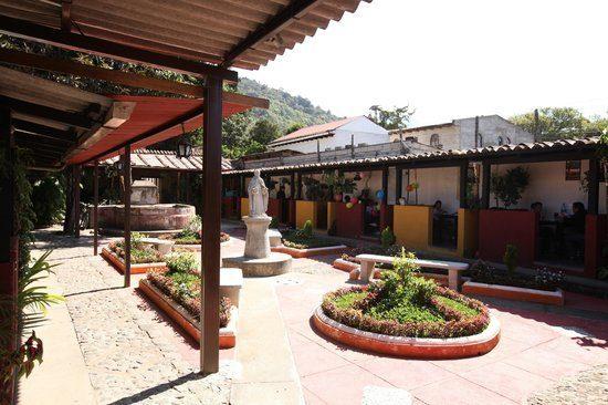 Courtyard inside Sevilla Spanish School