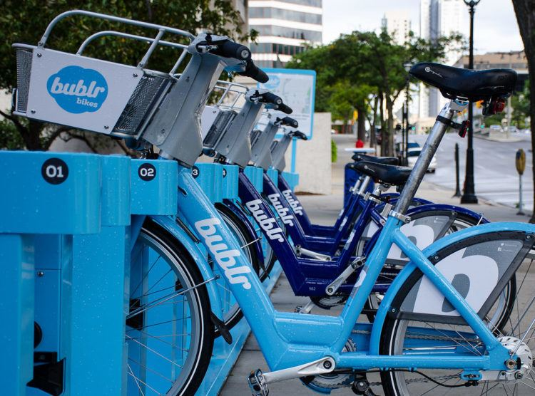 unique things to do in milwaukee bublr bikes (things do milwaukee wisconsin)