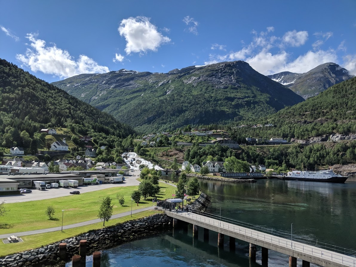 Hellesylt (Geiranger fjord, Norway pictures)