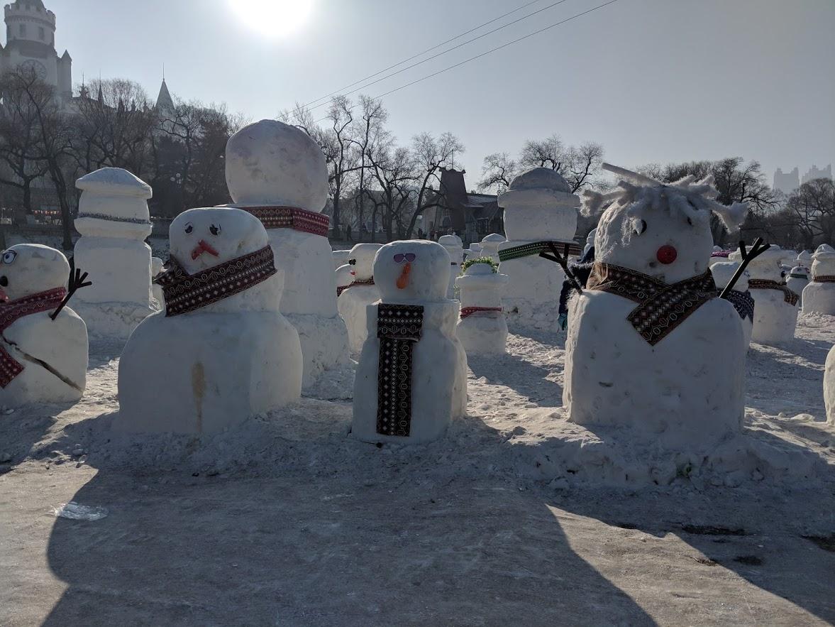 snowmen in harbin