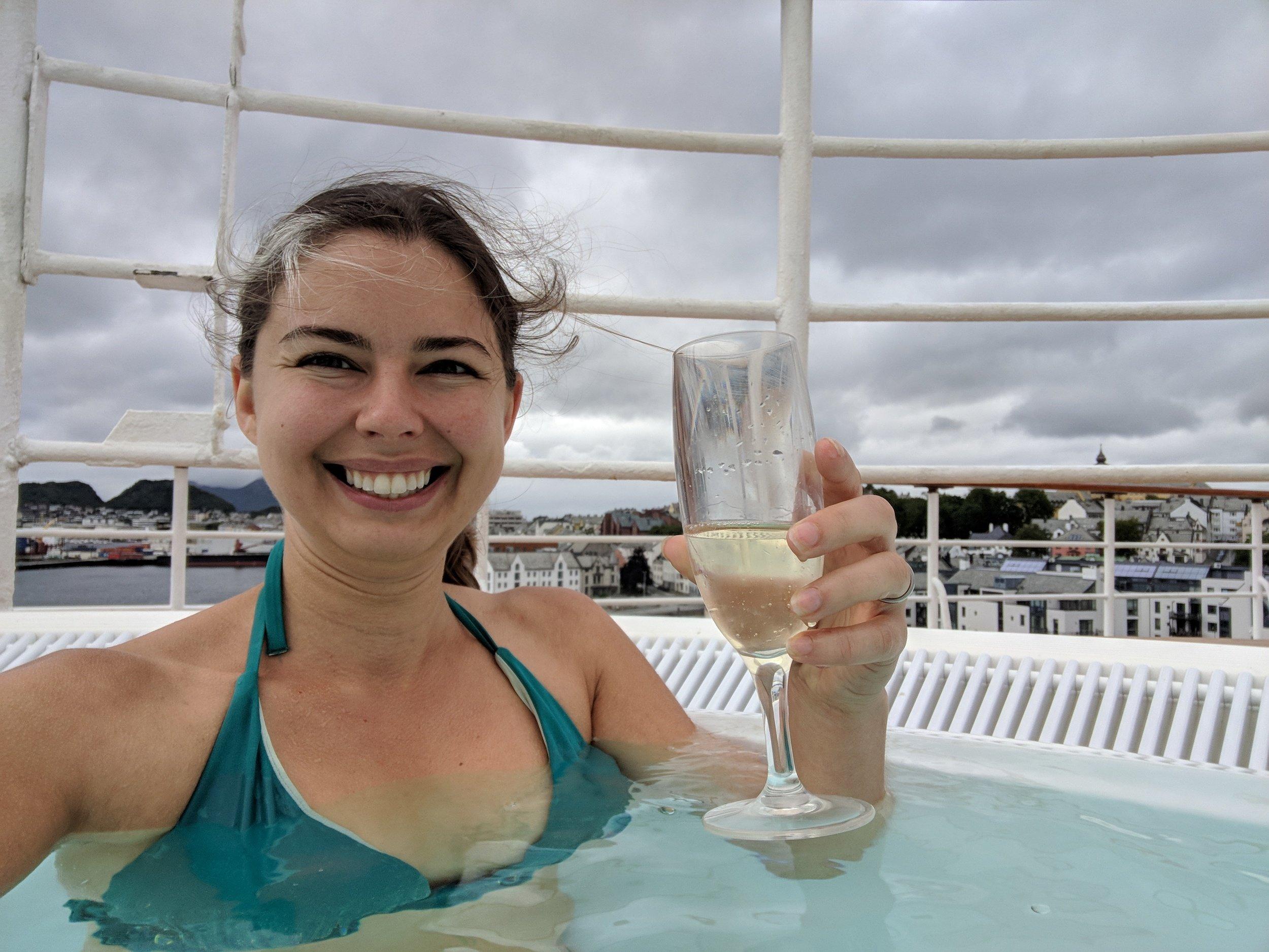 norway cruise hot tub