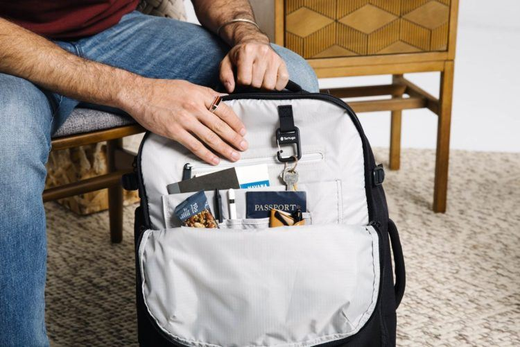 inside pockets in the best carry on backpack