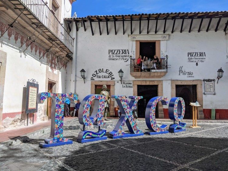 taxco sign