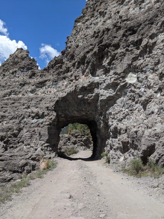 ouray jeep trails tunnel