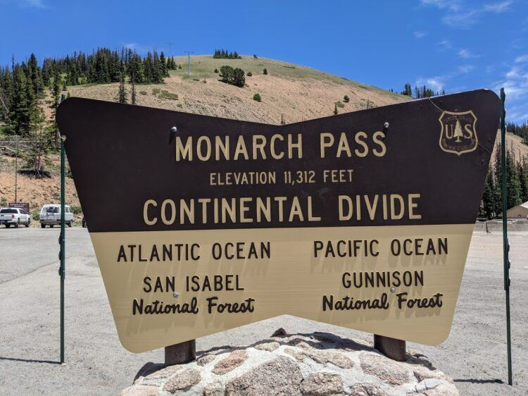 sign at monarch pass