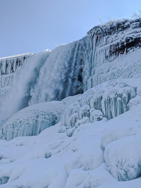 looking up at bridalveil falls