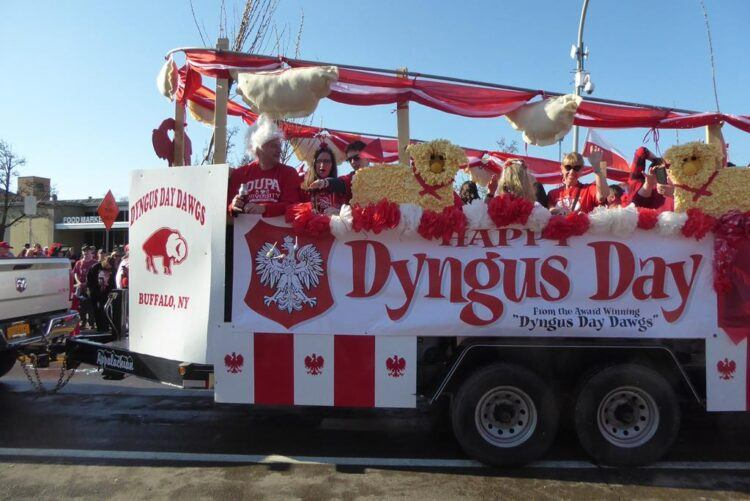buffalo dyngus day parade float