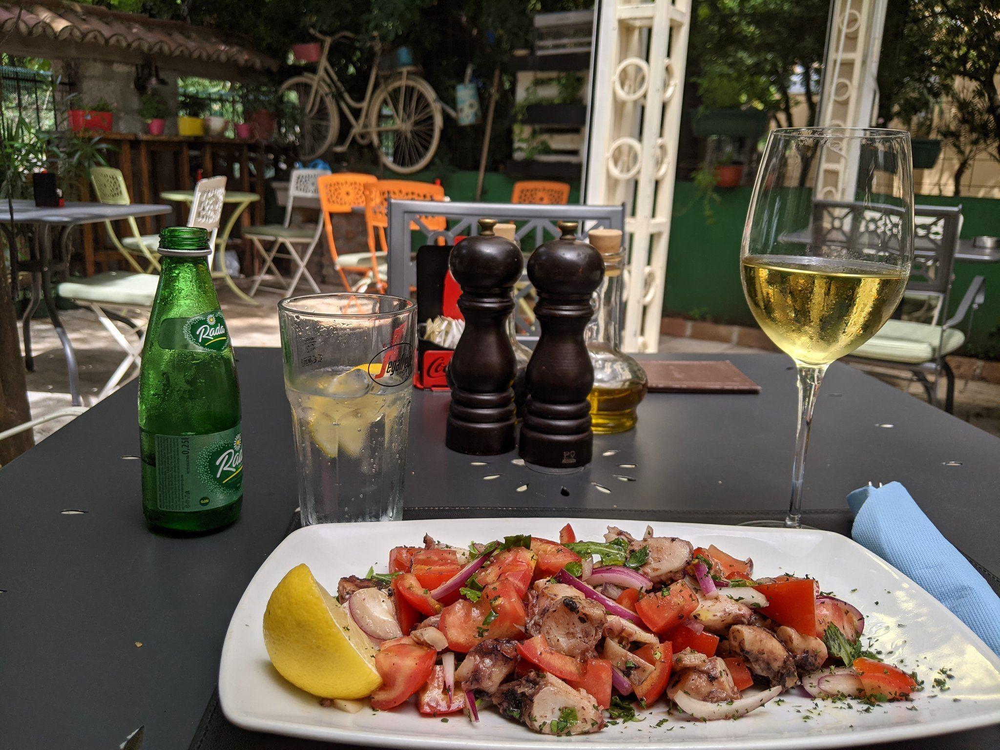 kotor octopus salad